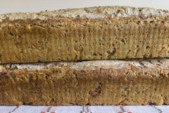 Deux pains de pain fait maison Photo stock