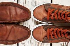Deux paires de chaussures confortables Images stock