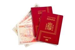 Deux passeports et argents de l'Espagne Image libre de droits