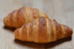 Deux petits croissants Photos libres de droits