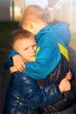 Deux petits frères (amis) Photographie stock
