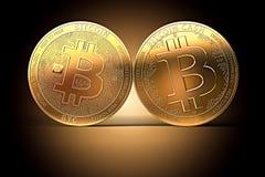Deux pièces de monnaie différentes de Bitcoin après des fentes classiques de Bitcoin Argent liquide de Bitcoin faisant face au co Photos libres de droits
