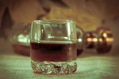 Deux pleines piles de whiskey sans glace Images libres de droits