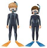 Deux plongeurs autonomes avec le masque et l'aileron Photographie stock libre de droits