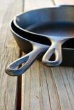 Poêles de fer de fonte Photos stock