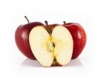 Deux pomme et demi de pomme Photos libres de droits