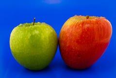 Deux pommes Photos libres de droits