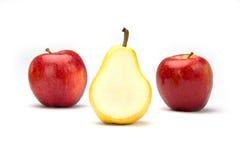 Deux pommes et une poire Image libre de droits