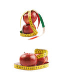 Deux pommes rouges mûres d'isolement Photos libres de droits