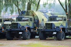 Deux ponton soviétique KrAZ-255 images libres de droits