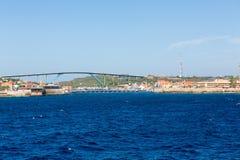 Deux ponts sur le Curaçao photographie stock