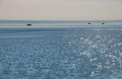 Deux ports est la communauté sur le rivage du nord du lac Supérieur i photographie stock