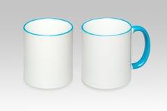 Deux positions d'une tasse blanche Photo libre de droits