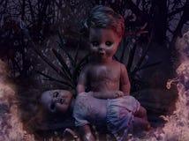 Deux poupées rampantes brûlantes, Halloween Image stock