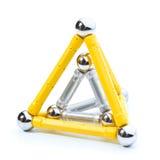 Deux pyramides sur le blanc Photographie stock libre de droits