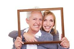 Deux rétablissements de famille dans la trame photo libre de droits