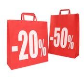 Deux sacs à provisions de papier rouges Images libres de droits
