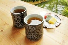 Thé dans le jardin photos stock