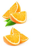 Deux tranches de fruit orange d'isolement Photographie stock libre de droits