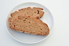 Deux tranches de pain complet de pays Images libres de droits