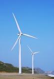 Deux turbines de vent Images stock