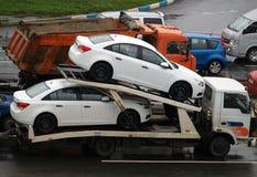 Deux véhicules neufs photos libres de droits