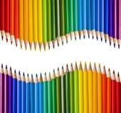 Deux vagues reflétées des crayons colorés Image stock