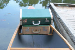 Deux valises de cru Photos libres de droits