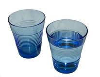 Deux verres bleus de l'eau Image stock