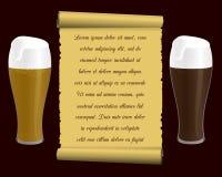 Deux verres de bière et de vieux papier de soie de soie (rouleau) avec une inscription Photo libre de droits