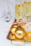 Deux verres de champagne de Noël Photographie stock
