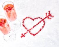 Deux verres de champagne rose Image stock