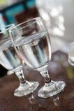 Deux verres de l'eau Photos stock
