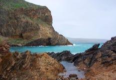 Deuxième baie rocailleuse de vallée en hiver Image libre de droits