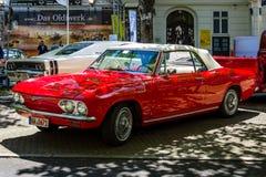 Deuxième génération convertible de Chevrolet Corvair Monza de voiture compacte, 1969 Photos stock