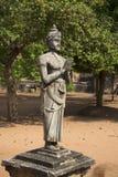 Devanampiyatissa国王雕塑  斯里南卡 免版税库存照片