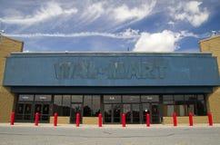 Devanture de magasin vide de WalMart images libres de droits