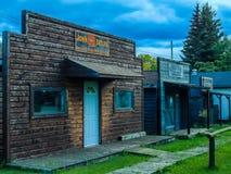 Devanture de magasin de ville fantôme, miroir, Alberta Image stock