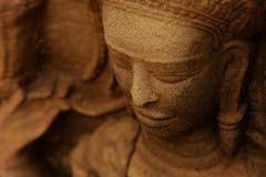 Devata i en tempel i Angkor Fotografering för Bildbyråer