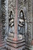 Devatas al tempio antico nell'area di Angkor fotografie stock