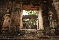 Devatas på den Banteay Kdei templet Fotografering för Bildbyråer