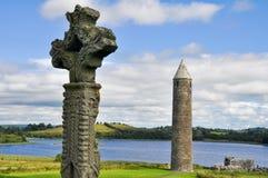 Devenish海岛修道院站点,北部爱尔兰 免版税图库摄影