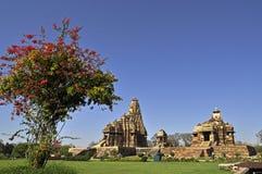 Devi Jagadambi Temple - laissé et Chitragupta Templ Photographie stock