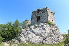 Devicky城堡废墟,捷克 免版税图库摄影