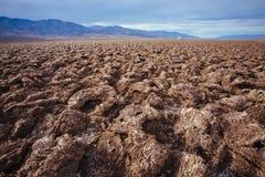 Devil's golfbana i Death Valley arkivfoto