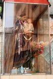 A devoção a St Anthony e a bebê Jesus em Colombo, como f visto imagem de stock