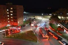 Devoir Etats-Unis de secours de nuit de sapeurs-pompiers image libre de droits
