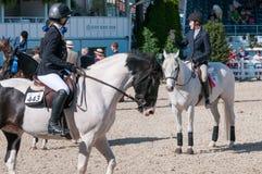 DEVON, PA - MAJ 25: Jeźdzowie wykonuje z ich koniami przy Devon Końskim przedstawieniem na Maju 25, 2014 Obrazy Royalty Free