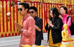 Chiang Mai, TH: People Praying at Wat Doi Suthep Stock Photos