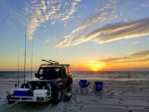 Free Dewey Beach, Delaware, U.S - September 5, 2020 - A Black Jeep Equipped With Fishing Items During Early Morning Sunrise Royalty Free Stock Photo - 195583455